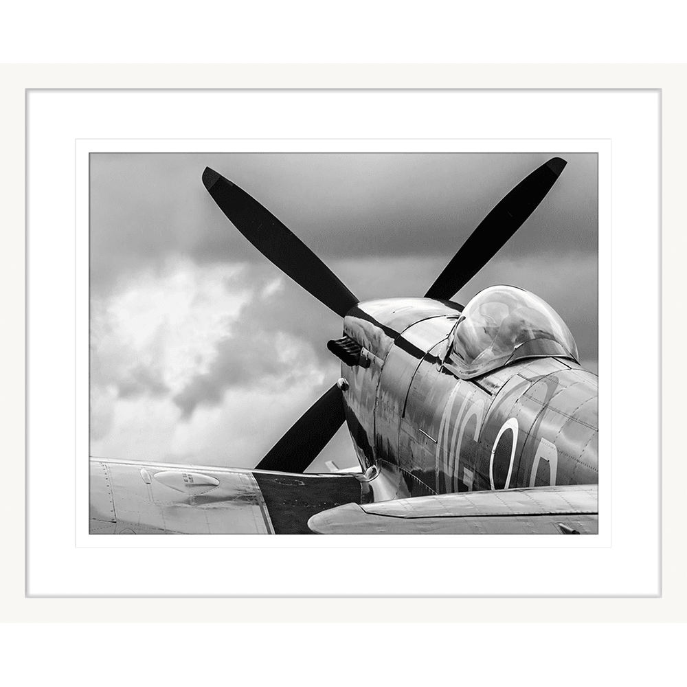 Air Show | Framed Art | Wall Art Gold Coast | Wallpaper | Innovate Interiors