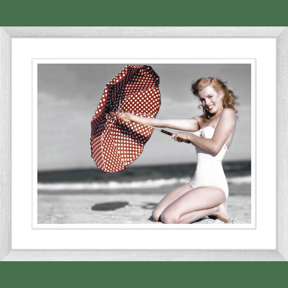 Vintage Beach | Framed Art | Wall Art Gold Coast | Wallpaper | Innovate Interiors