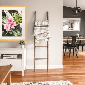 Crested Cockatoo 02 | Artwork Styled Room